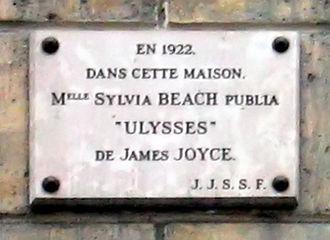 Sylvia Beach - Image: Paris Rue de l Odeon 12 plaque retouched