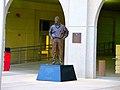 Pat Richter Statue - panoramio.jpg