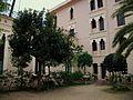 Pati de la Cisterna o de les Canyes, Palau Ducal de Gandia.JPG