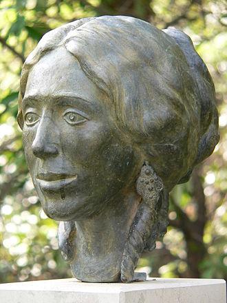 Pauline Viardot - Bust of Viardot 2004 by Birgit Stauch in Baden-Baden
