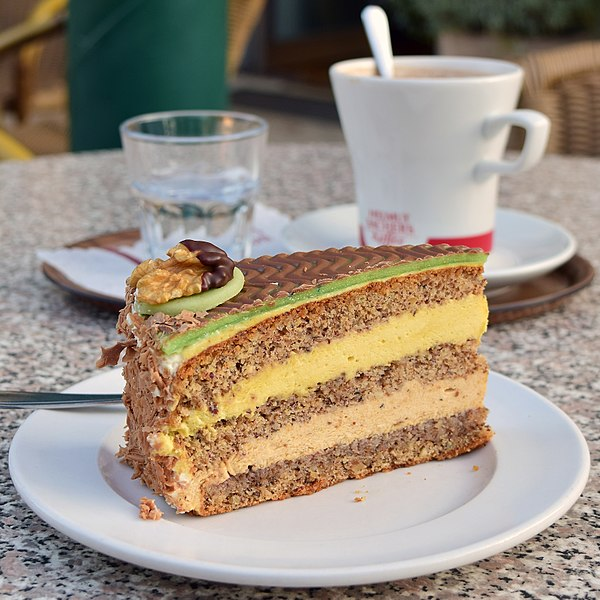 File:Payerbach - Ghega-Torte.jpg