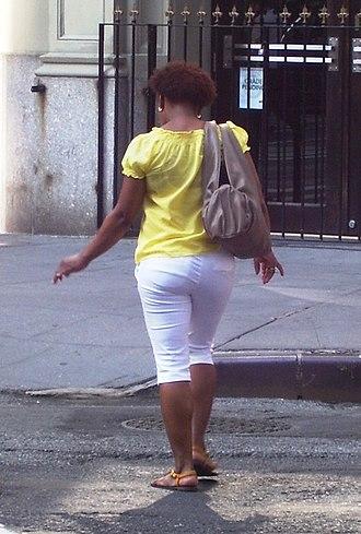 Capri pants - Female wearing pedal pushers (Manhattan, 2011)