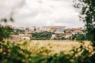 São Domingos de Rana - A view of the residential area of Penedo