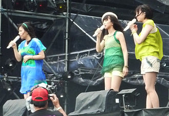 Perfume (Japanese band) - Perfume performing at the Rock in Japan Festival (July 31, 2009)