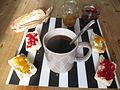 Petit déjeuner traditionnel français.JPG