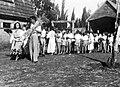 PikiWiki Israel 1055 Kibutz Gan-Shmuel ks14- 192 גן-שמואל-חג הביכורים 1945.jpg