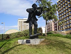 PikiWiki Israel 17388 Fiddler on the Roof in Netanya.JPG