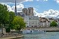 Place Louis Aragon, Quai aux Fleurs and Notre-Dame de Paris, June 2015.jpg