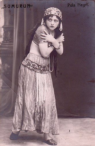Pola Negri - Negri in Sumurun (1920)