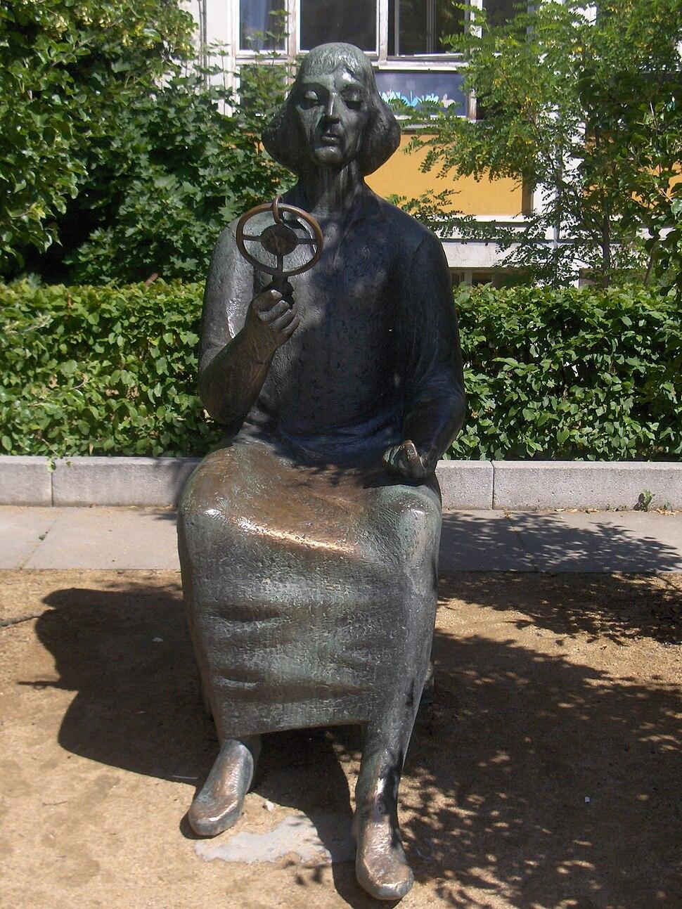 Pomnik Mikołaja Kopernika we Frankfurcie nad Odra