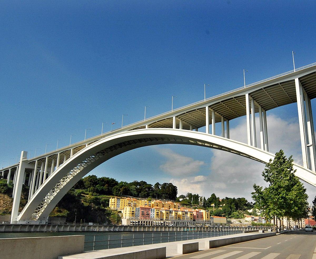 Arrábida Bridge - Wikipedia