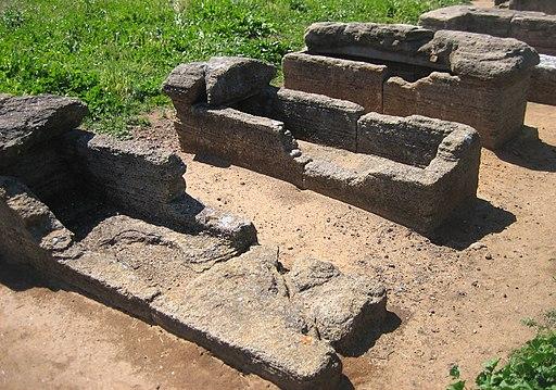 Populonia, Necropoli di San Cerbone Sarcofago