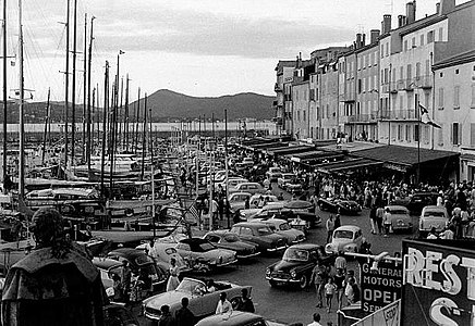 Port de Saint-Tropez 1961.jpg