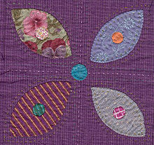 Quilt block applique flower detail.jpg
