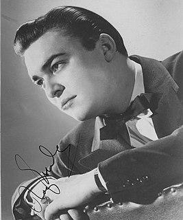 Ray Eberle American singer (1919-1979)