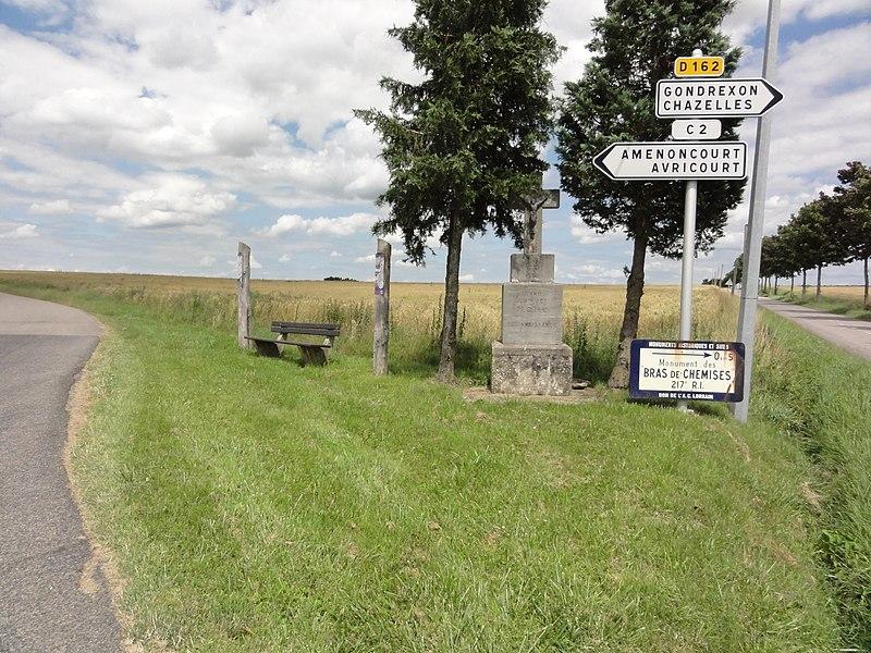 Reillon (M-et-M) croix de chemin