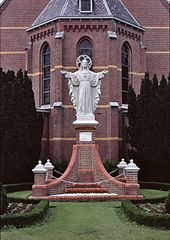 statue of Sacred Heart of Jesus Christ