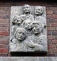 Relief über Eingang Hubertusstraße 7, Düsseldorf-Unterbilk.jpg