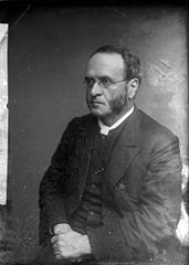 Revd. Ellis Edwards (1844-1915)