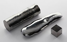 Rhenium single crystal bar and 1cm3 cube.jpg