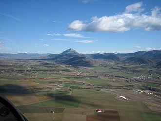 Santa Cilia - Santa Cilia airfield and Rio Aragon valley