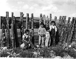 Rio Hondo (Northern New Mexico) - Children near the Rio Hondo, Taos County, 1941