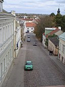 Road to kesklinn (city center) from the bridge.jpg