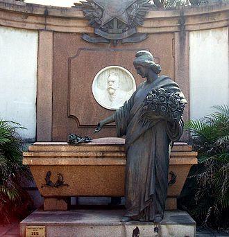 Manuel Ferraz de Campos Sales - Tomb of Campos Sales in the Consolação Cemetery, São Paulo.