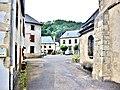 Rue du village de Chambon-sur--Lac.jpg