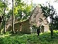 Ruina kościółka z XIII wieku - panoramio.jpg