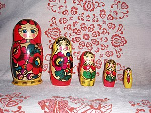 Matryoshka doll - Matryoshka set in a row