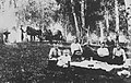 Russischer Photograph - Picknicken gehörte zum jährlichen Sommer- und Herbstritual (1) (Zeno Fotografie).jpg