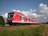 S7 zwischen Hohenbrunn und Wächterhof.JPG