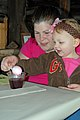 SK Coloring eggs with natural dyes (5664339407).jpg