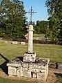Saint-Loup-de-Gonois-FR-45-calvaire du cimetière-07.jpg
