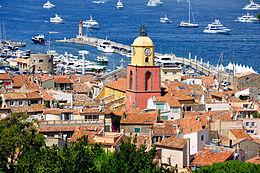 Saint-Tropez - Vue générale, église, phare.jpg