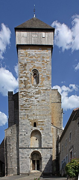 English:  The place, the bell tower, the porch of Our Lady's cathedral of St. Bertrand-de-Comminges.