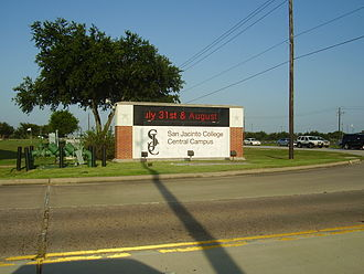 San Jacinto College - Entrance sign to the central campus