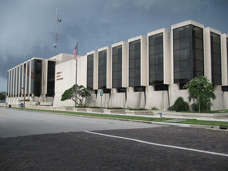 File:Sanford, FL, Courthouse, Seminole County, 08-08-2010 (9).JPG