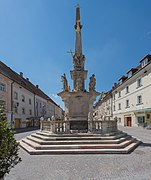 Sankt Veit Hauptplatz Pestsäule Ost-Ansicht 26042015 2692.jpg