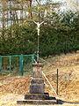 Sapogne-et-Feuchères-FR-08-cimetière-calvaire-01.jpg