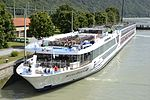 Scenic Diamond, Donau.JPG