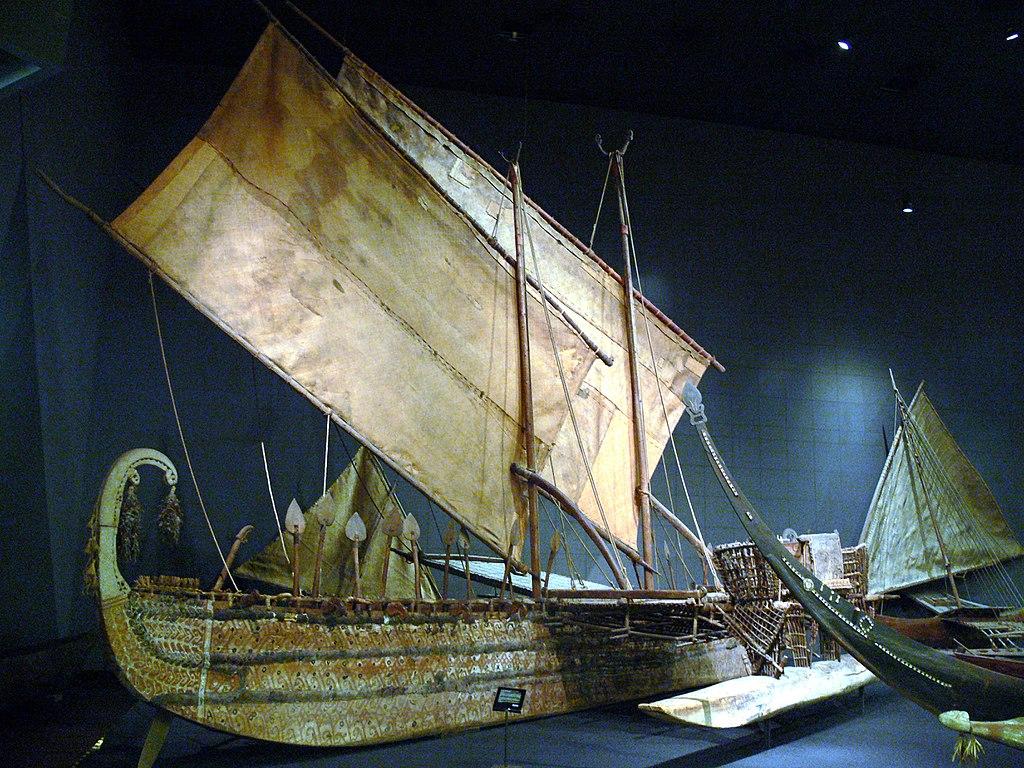 Pirogues de Papouasie Nouvelle Guinée dans le musée d'ethnologie de Berlin Dahlem.