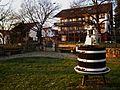 Schriesheim Weinstube Winzerdenkmal Weinpresse am Festplatz.JPG