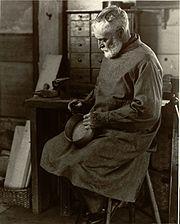 A Shaker box-maker (Pittsfield, Massachusetts, 1935)