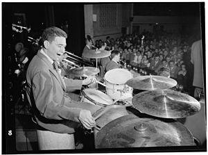 Shelly Manne (William P. Gottlieb 05981).jpg