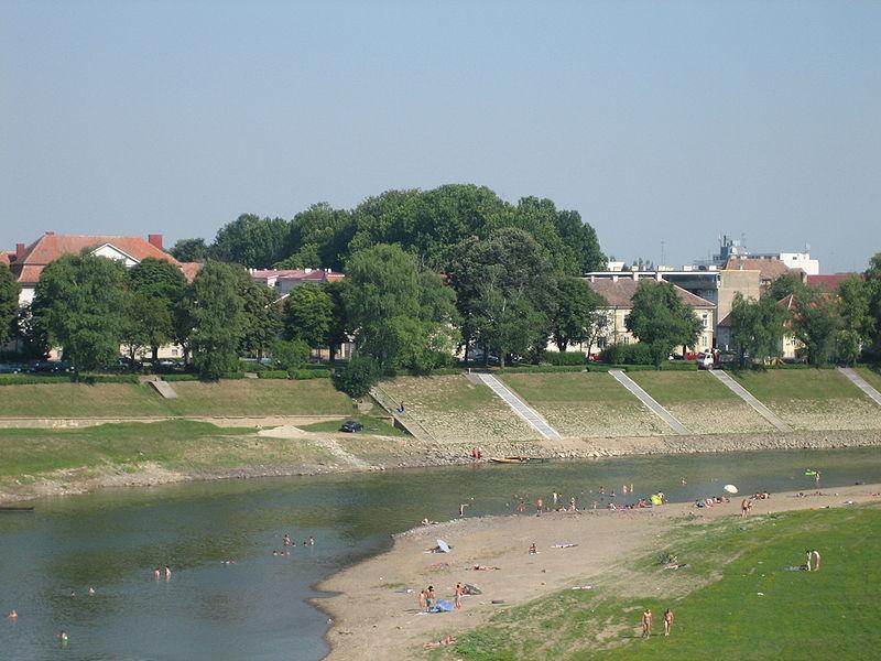 Sisak - Page 2 800px-Sisak_Kupa_river