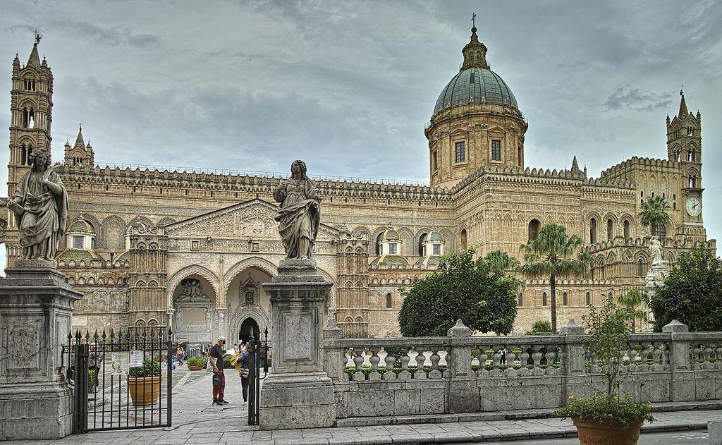 Vue sur la cathédrale de Palerme - Photo de Elisauer