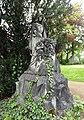 Skulptur Grabstätte Familie Toussaint Bicheroux (02).jpg