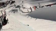 Fichier:Snowboard half-pipe.ogv